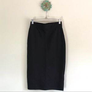 Stretchy black pencil skirt, size M
